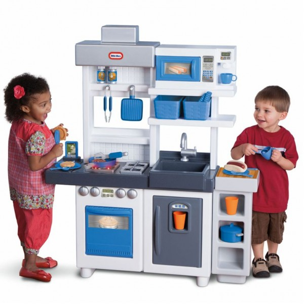 Little tikes ultimate kitchen